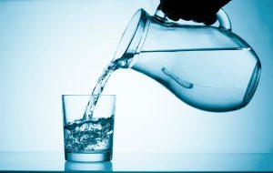 I consigli per evitare la calcolosi urinaria
